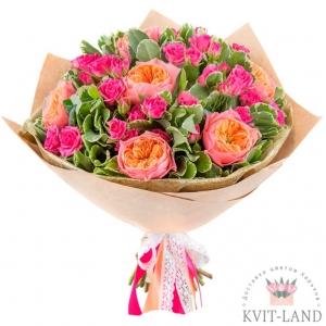 роза кустовая и пионовидная в упаковке