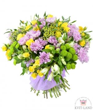 букет из разной хризантемы
