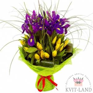 тюльпан и ирис в букете
