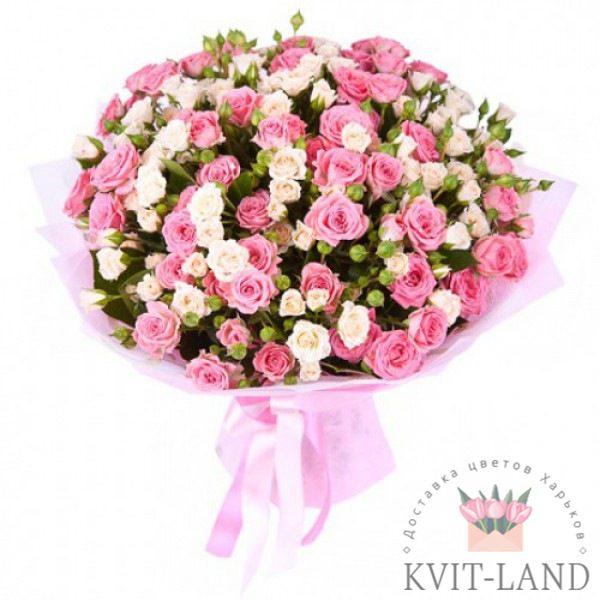 большой букет из пионовидной розы