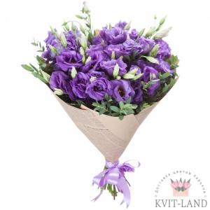 букет из фиолетовой эустомы