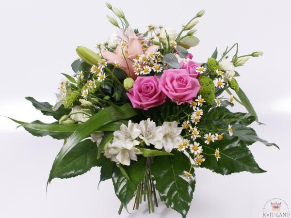 букет из цветочного ассорти