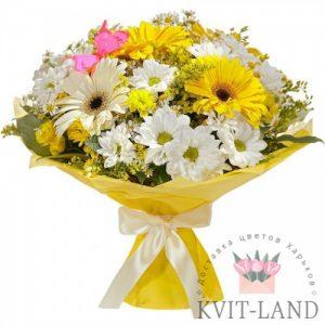 яркий цветочный букет