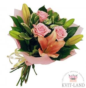 роза с лилией в букете