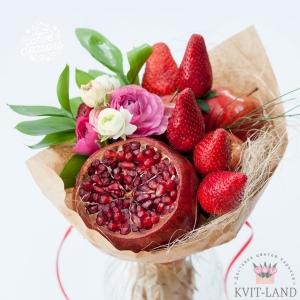 красивый фруктовый букет с цветами