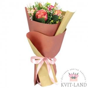 красивый букет из голландской розы