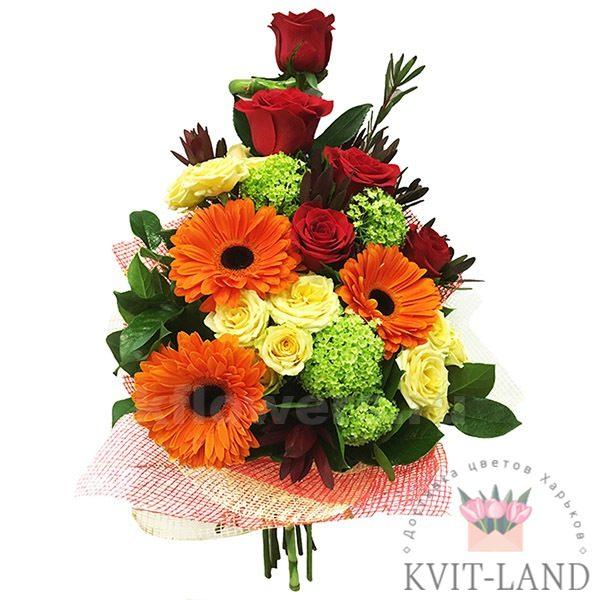 оригинальный букет цветов в упаковке