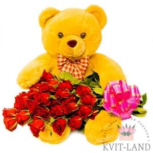 мягкая игрушка с букетом роз