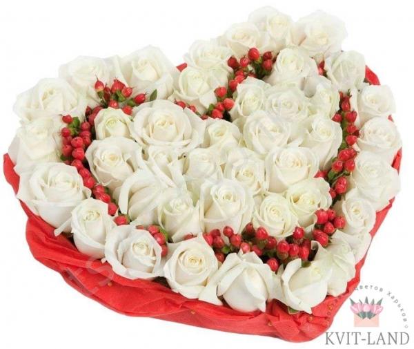из розы сердце в каркасе
