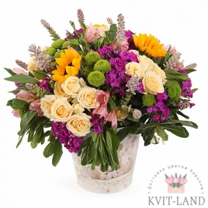 букет цветов в кашпо
