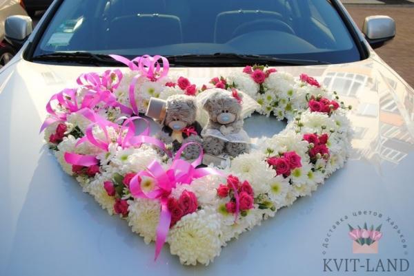 свадебное украшение авто цветами