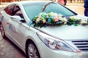 цветочное украшение авто