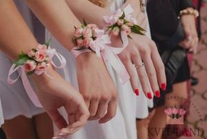 свадебные браслеты из цветов