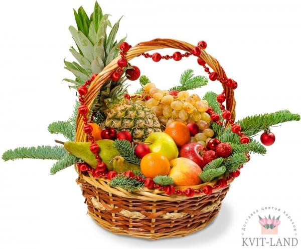фруктовая новогодняя композиция