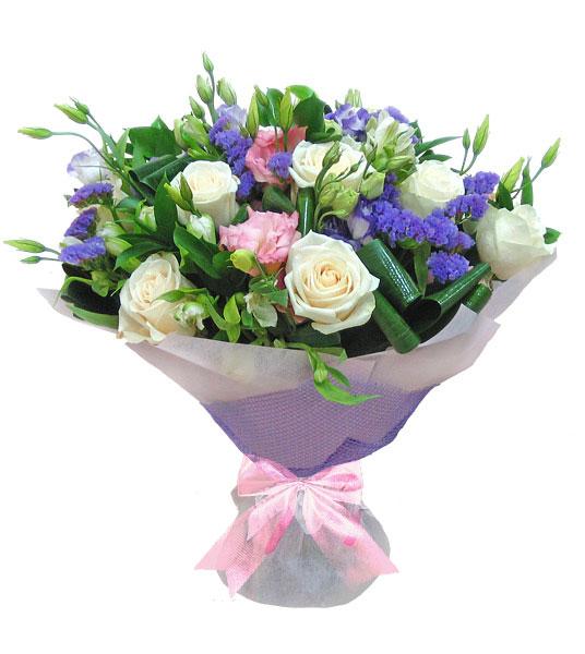 цветочный букет в упаковке