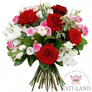 разноцветная роза букет