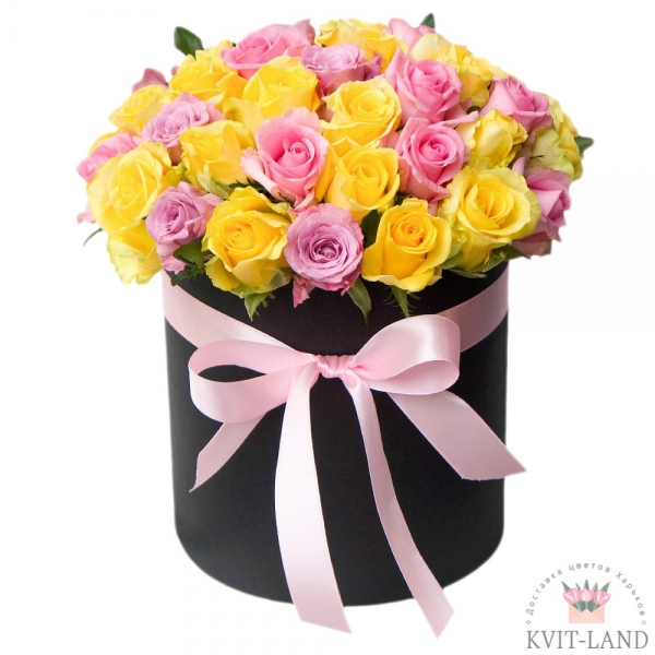роза микс в шляпной коробке