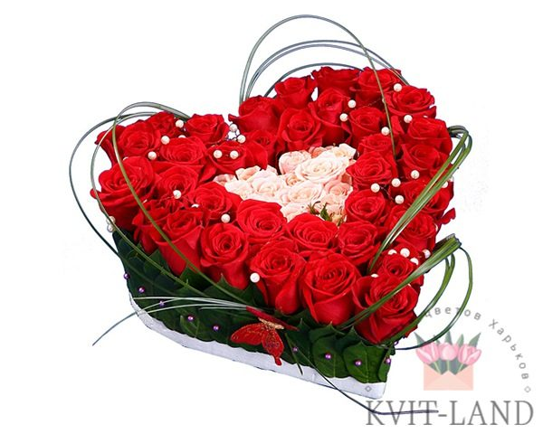 большое из цветов сердце