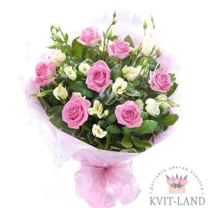 букет из нежно-розовых цветов