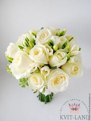 красивый белый букет невесты