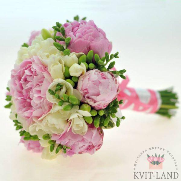 букет невесты нежного цвета