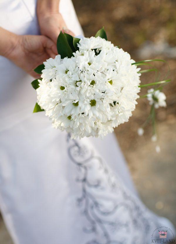 свадебный букет белая хризантема