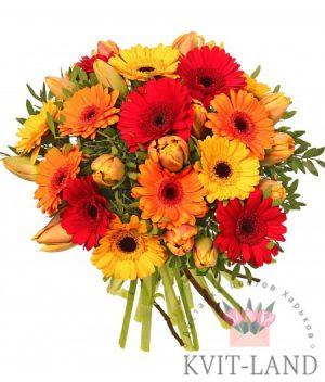 ярний букет цветов