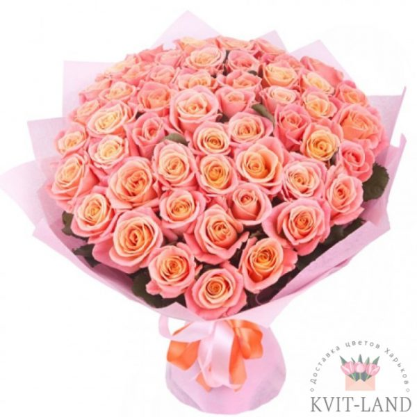 шикарный букет розовых роз