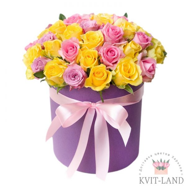 композиция роз в коробке