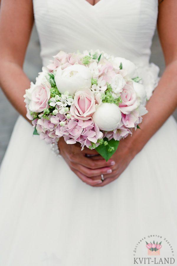 свадебный букет розового цвета
