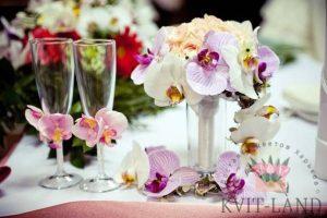 орхидея в свадебном букете