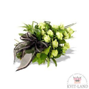 траурный букет из белых роз