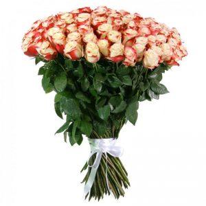 нежный букет из голландских роз