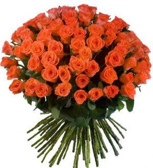коралловые розы большой букет