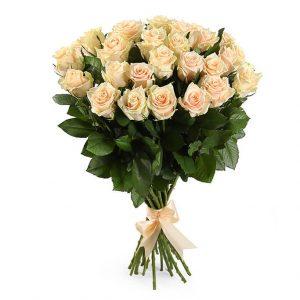 кремове розы талея букет
