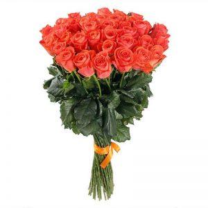 букет из коралловай розы