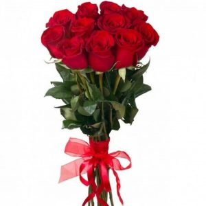 одиннадцать красных роз