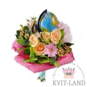 букетом цветы и глобус