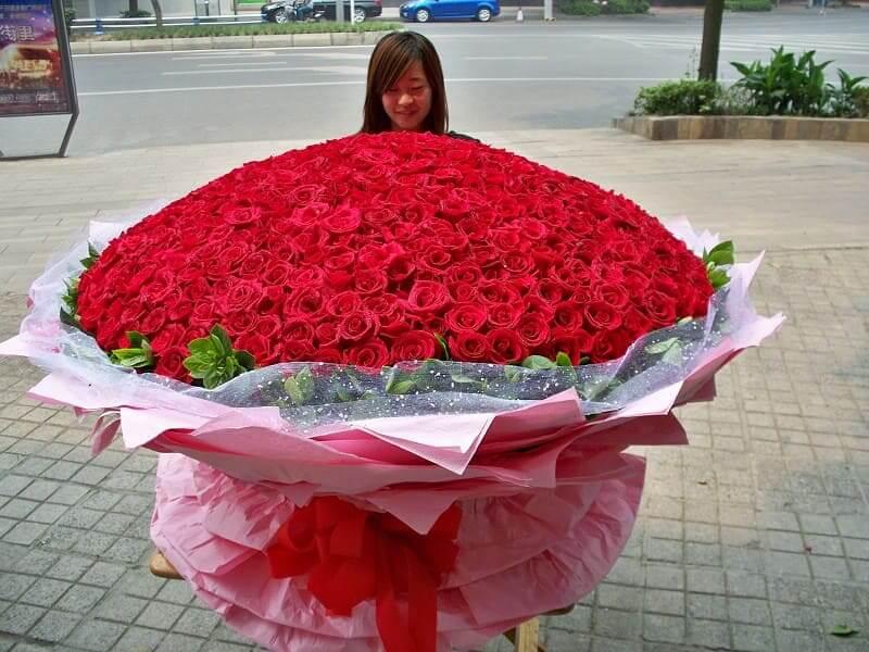 букет красных 1001 розы