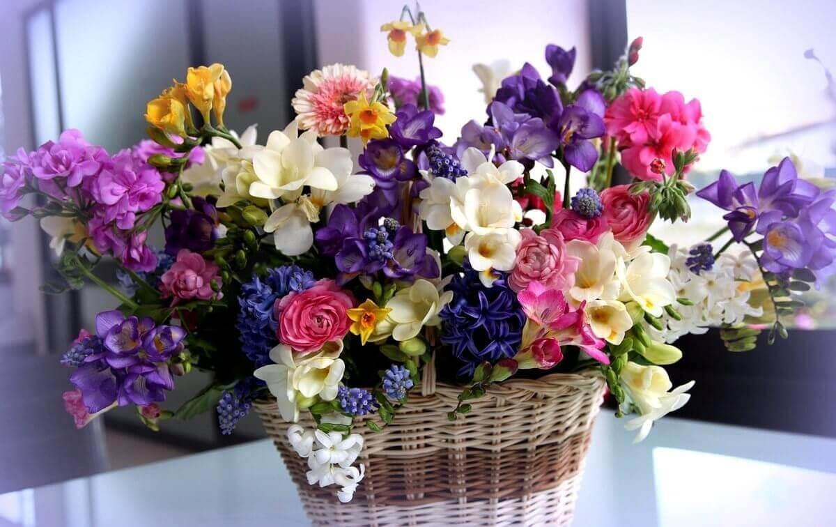 Цветы в корзине Харьков