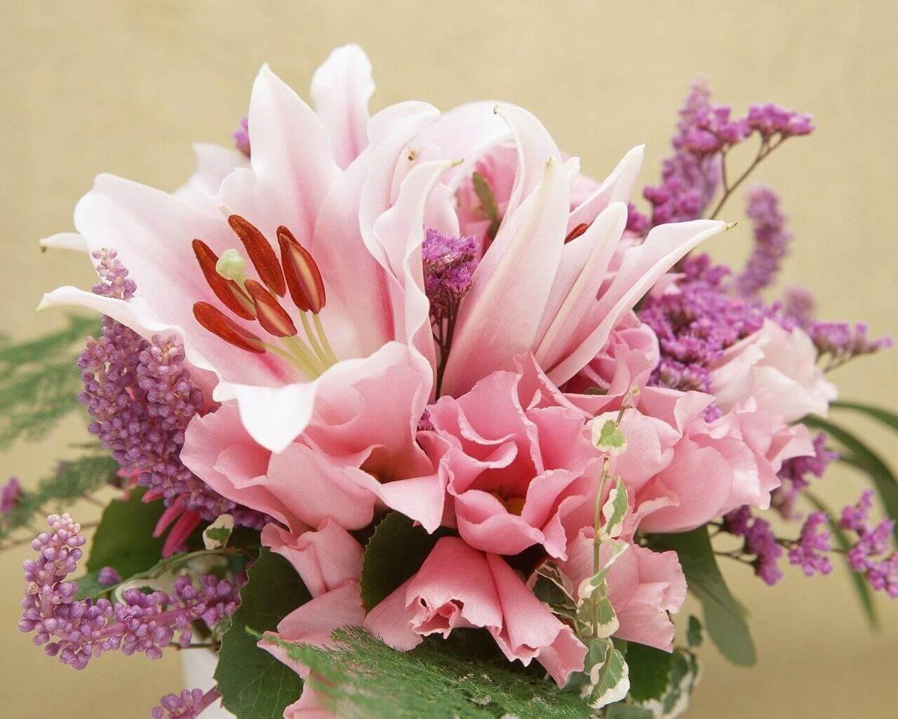нежный букет из цветов